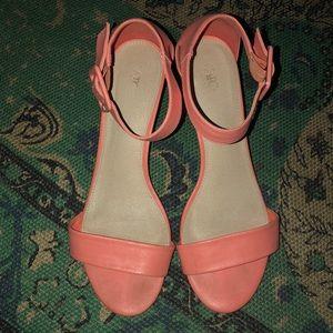 Size 11 Peach Heel